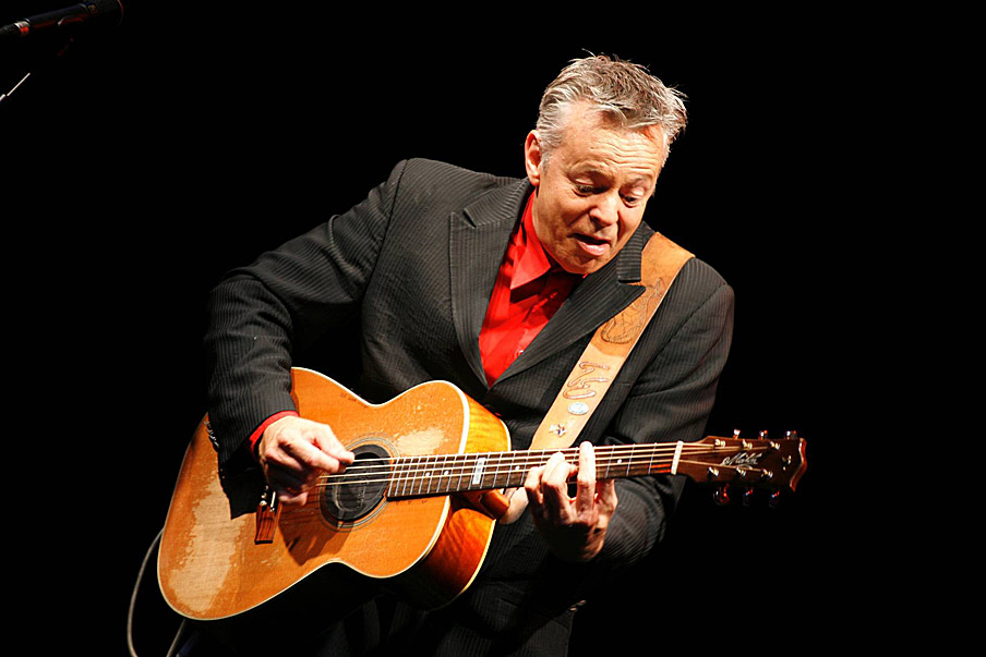The Australian God of Guitar: Tommy Emmanuel